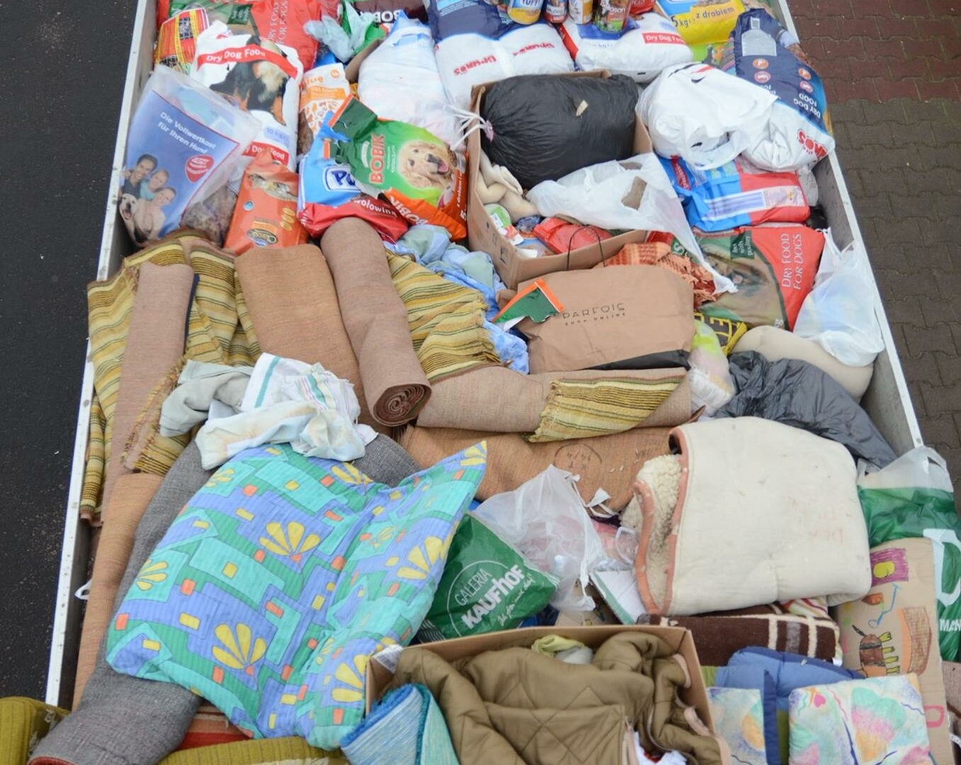 Zbiórka darów na rzecz Schroniska dla Bezdomnych Zwierząt w Krotoszynie - dziękujemy